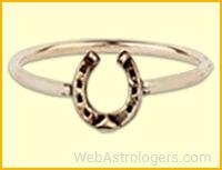 Ring of black horseshoe